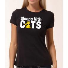 """""""Sleeps with Cats"""" sieviešu T-krekls"""